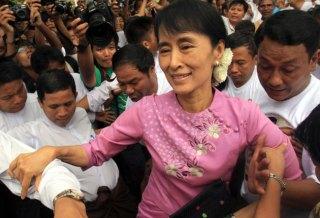 Aung+San+Suu+Kyi+%2528AP%2529.jpg