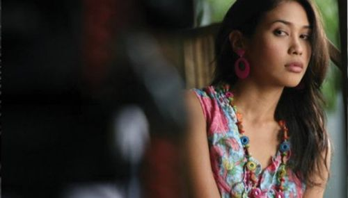 Khmer+Movies+01+IN-THE-SHADOW-OF-NAGA.jpg