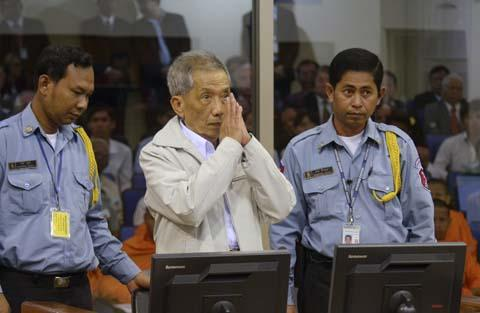 Duch+in+court+during+final+sentencing+%28Reuters%29.jpg