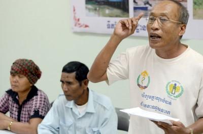 Lim+Tong+-+Koh+Kong+rep+protesting+land+dispute+%28PPP%29.jpg