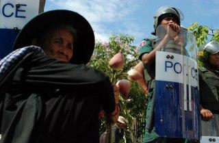 BKL+protest+29Apr2013+(RFA)+06.jpg