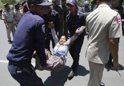 BKL+repression+(Reuters)+09.jpg