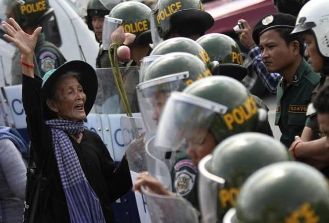 BKL+repression+(Reuters)+04.jpg